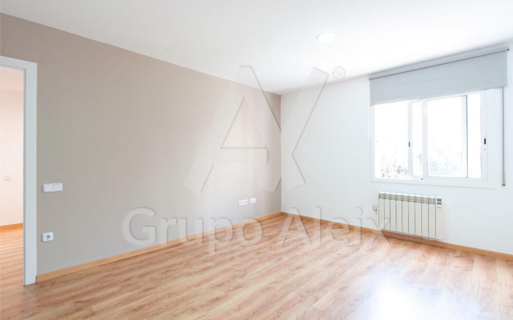 Piso de dos habitaciones dobles y amplio salón, muy luminoso